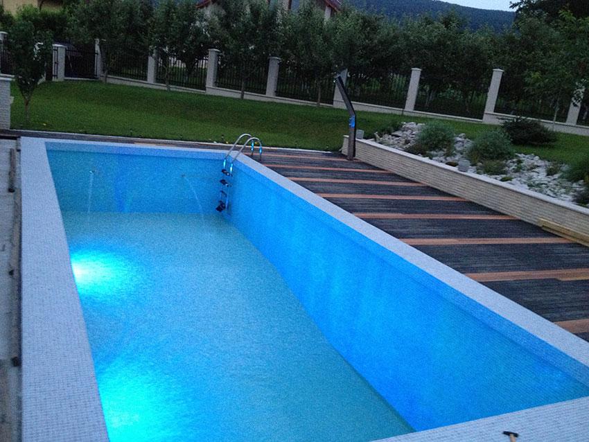 Piscine transilvania constructii piscine saune for Constructii piscine